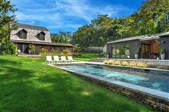 Luxury properties Stunning turnkey home on Shelter Island