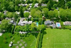 Mansions in quality home in East Hampton Village