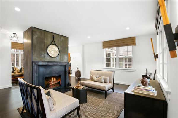 Luxury homes quality home in East Hampton Village