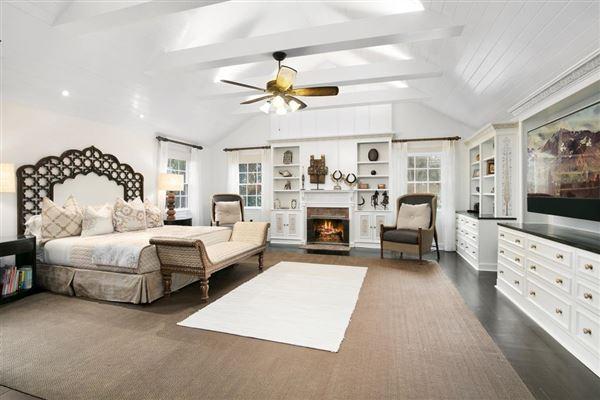 Luxury properties quality home in East Hampton Village