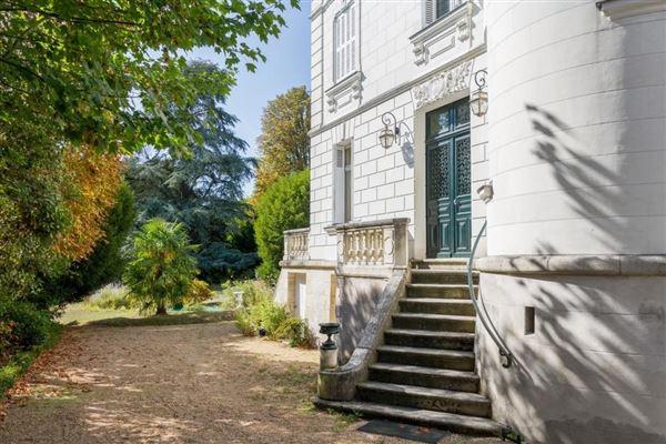 majestic property luxury real estate