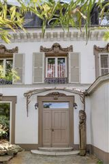 exquisite house awaits luxury properties