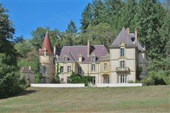 Luxury homes in grand chateau