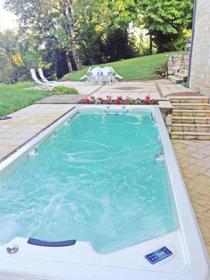 vineyard with two homes luxury properties
