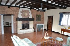 Luxury homes in well maintained MAGNIFICENT PROPERTy