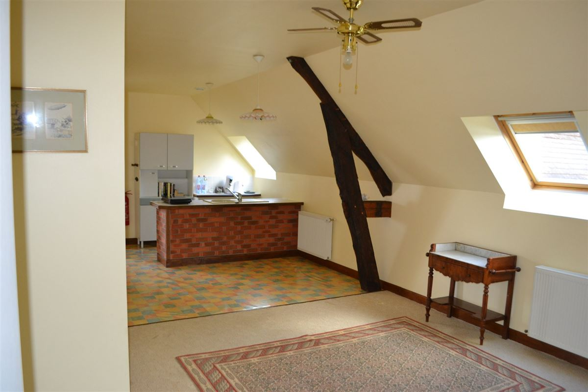 well maintained MAGNIFICENT PROPERTy luxury real estate