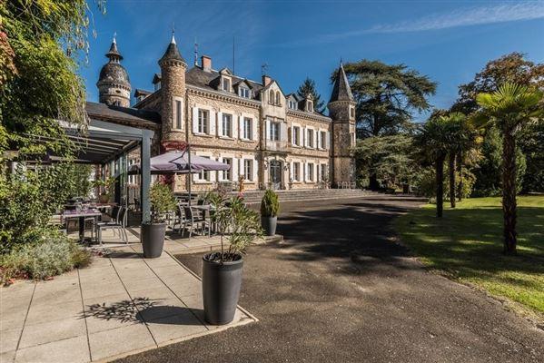 beautifully decorated Property luxury properties