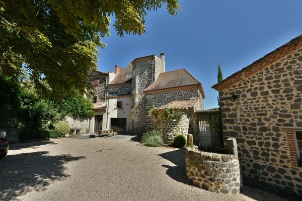 beautiful chateau in France luxury properties