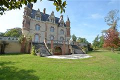 1850s Chateau luxury homes