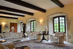 Mansions tastefully renovated property