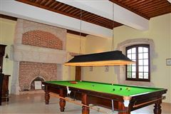 Mansions in tastefully renovated property