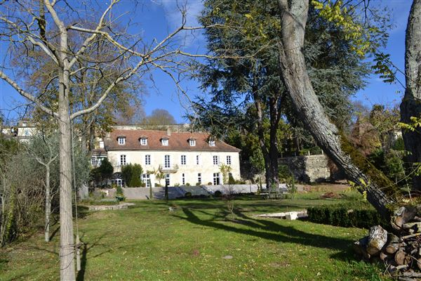Luxury homes 18TH-C LISTED MANSION - OUTBUILDINGS, POOL
