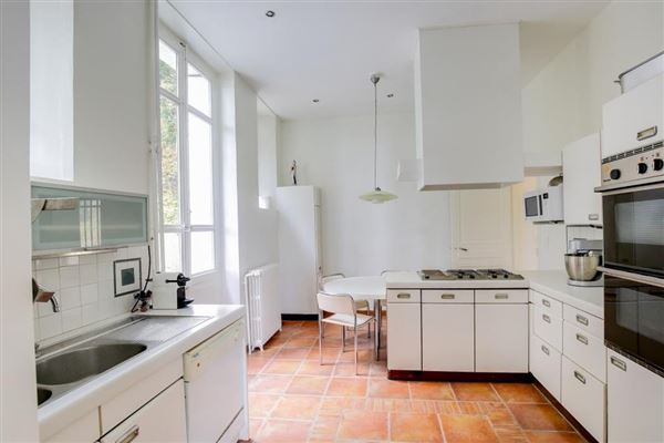 Magnificent property in Lyon luxury properties