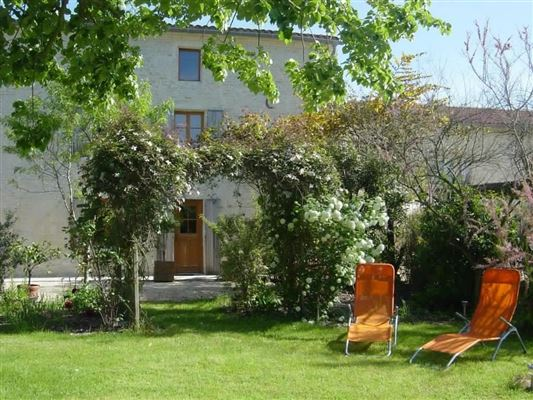 Mansions in BEAUTIFUL PROPERTY IN DEUX-SEVRES