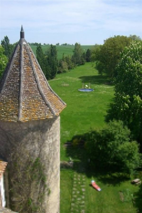 Luxury homes Restored castle from the 13th to the 18th century