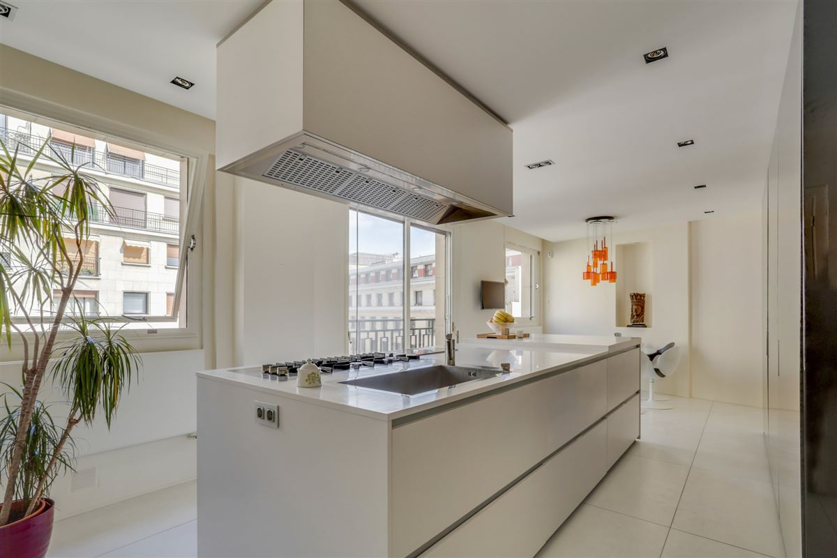 5th floor in a luxury Apartment luxury real estate