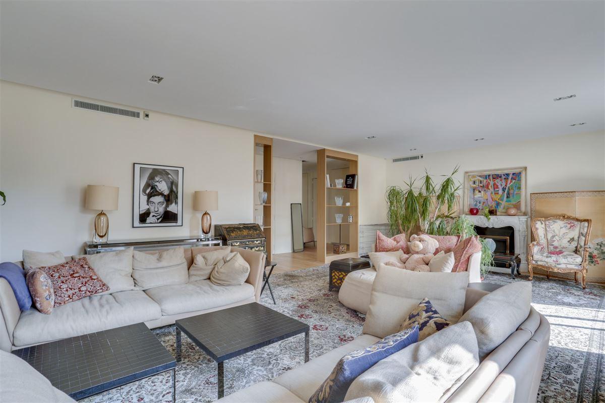 5th floor in a luxury Apartment luxury properties