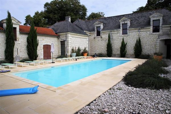 very well maintained luxury homes
