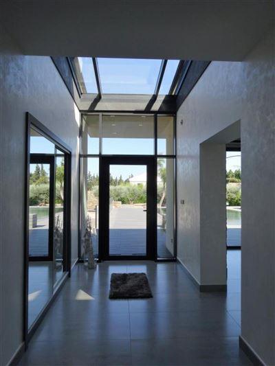 Luxurious contemporary house luxury properties