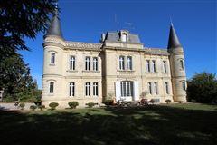 Mansions elegant manor house