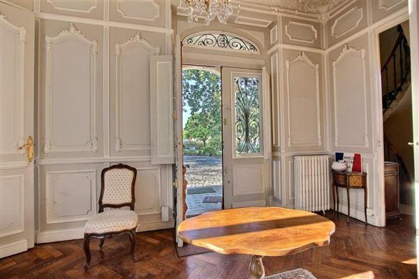 elegant manor house luxury homes