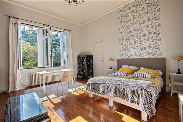 elegant manor house luxury real estate