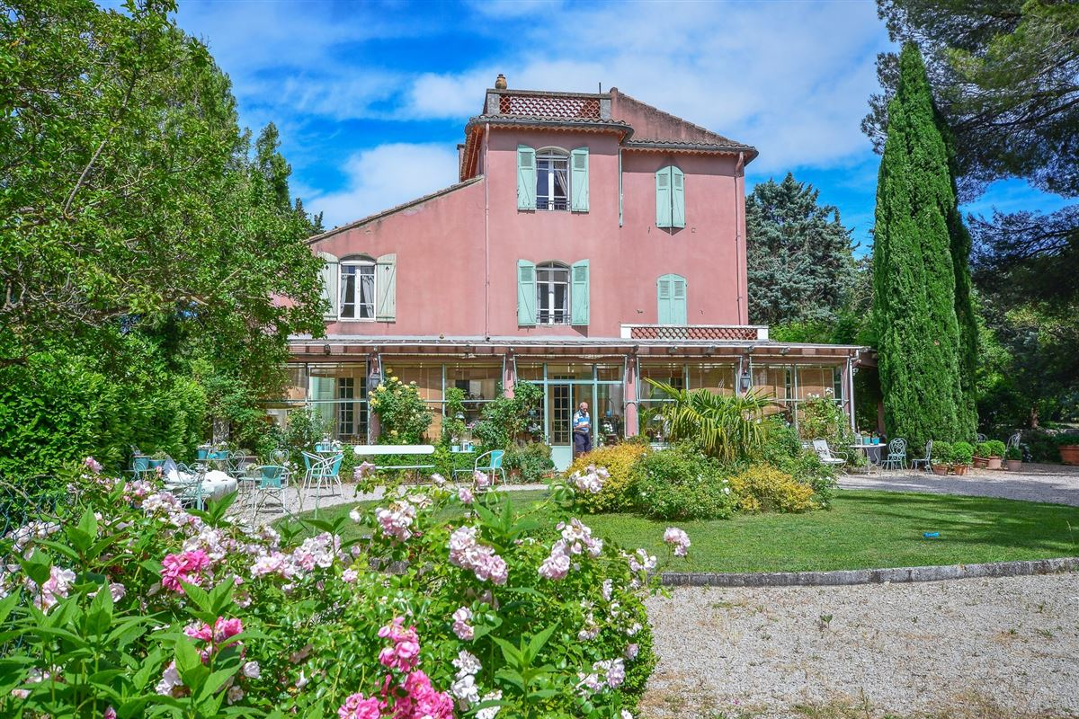 this property is Located in the heart of a magnificent parc with Mediterranean flora luxury homes