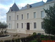 Mansions in Chalais Chateau