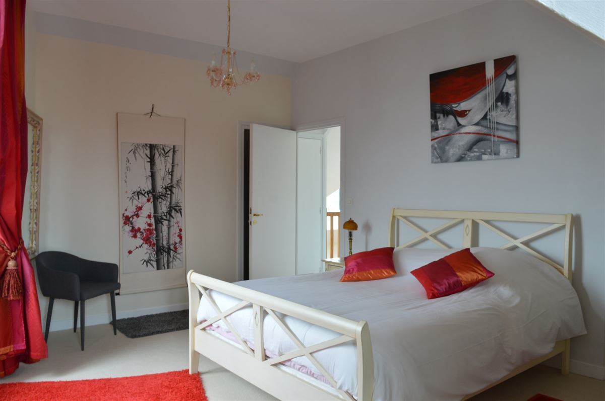a Beautiful town house  luxury properties