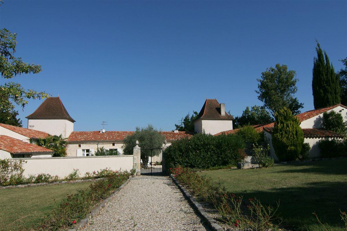 Luxury properties beautiful countryside