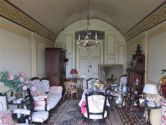 Renaissance-style castle luxury homes