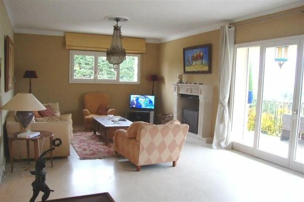 VILLA in VENCE With Very nice views luxury real estate