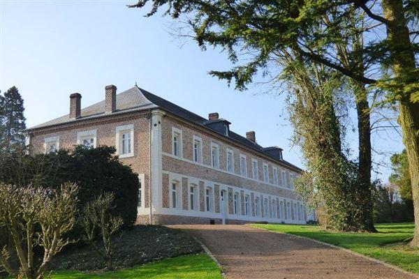 Luxury homes elegant house