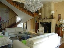 Mansions in Fully renovated chateau