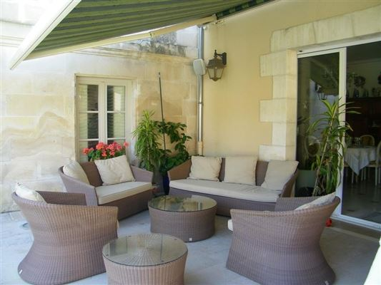 Fully renovated chateau luxury properties