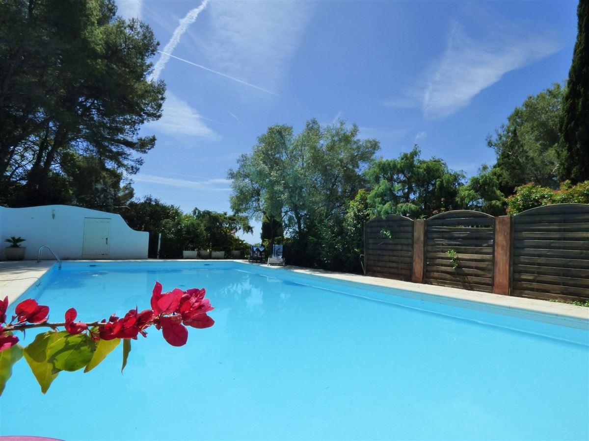 Beautiful villa luxury properties