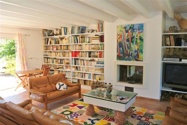 recent single-storey VILLA  luxury real estate