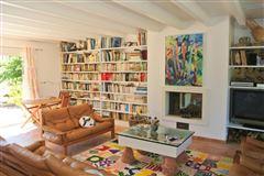 Luxury homes recent single-storey VILLA