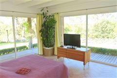 recent single-storey VILLA  luxury homes