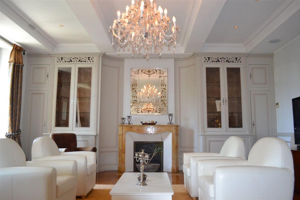 Seven bedroom castle luxury homes