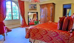 Luxury homes in Seven bedroom castle