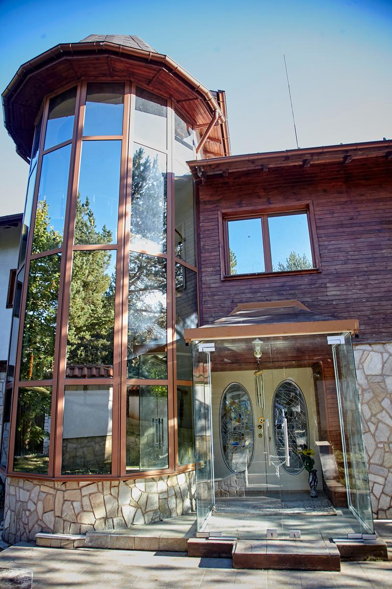 Exclusive mansion in Bansko ski resort luxury homes