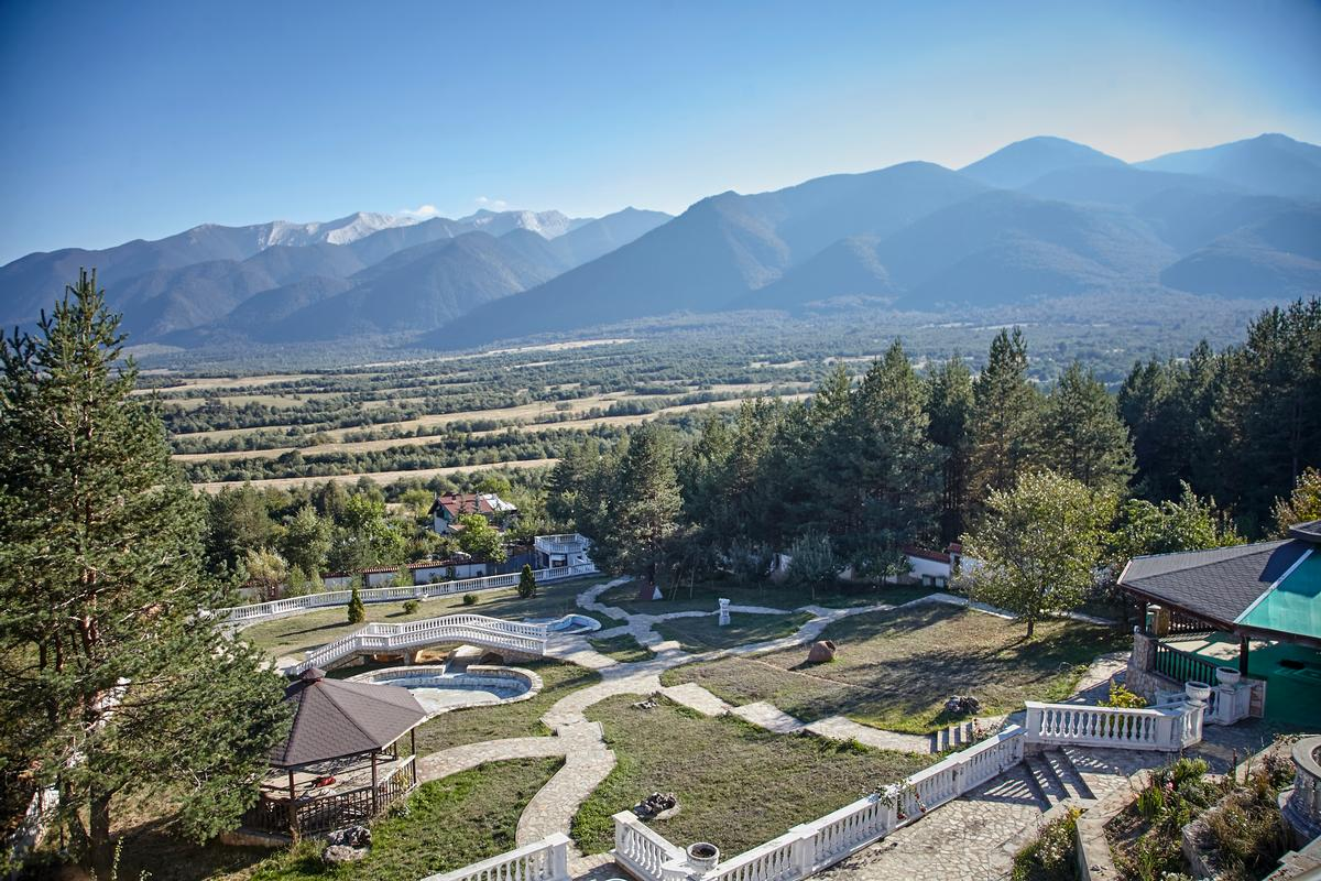 Luxury real estate Exclusive mansion in Bansko ski resort