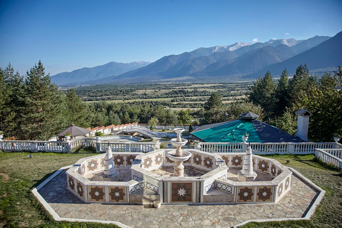 Exclusive mansion in Bansko ski resort luxury real estate