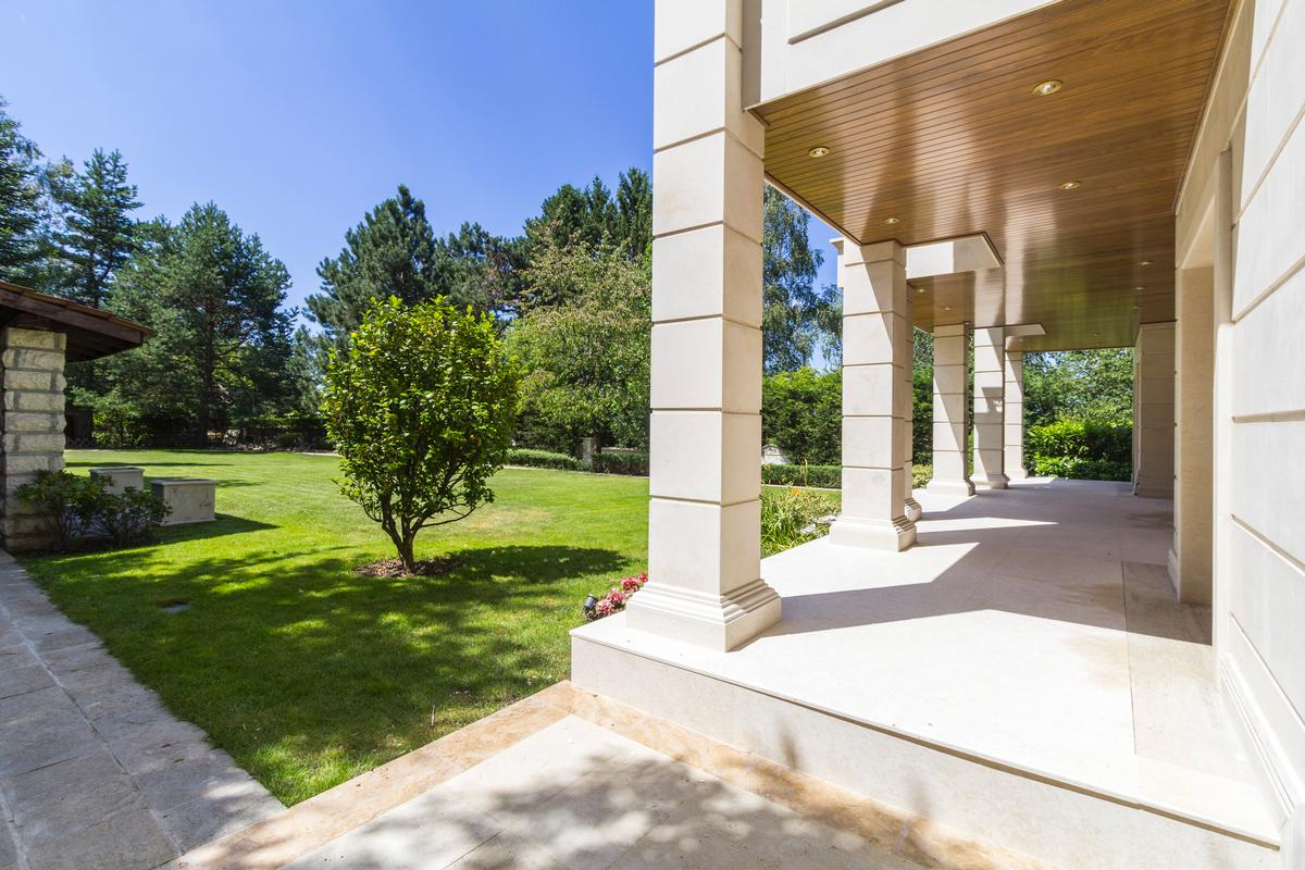 Luxury real estate Beautiful house with amazing garden
