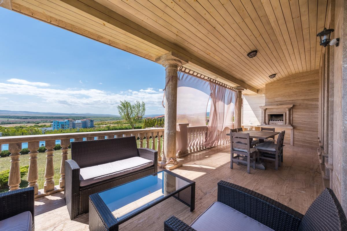 Stylish house near Sunny beach luxury properties