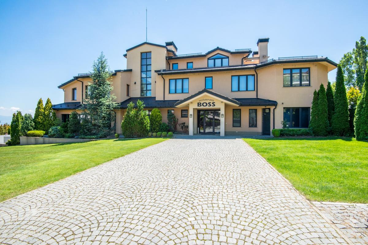 Mansions Exclusive mansion for sale