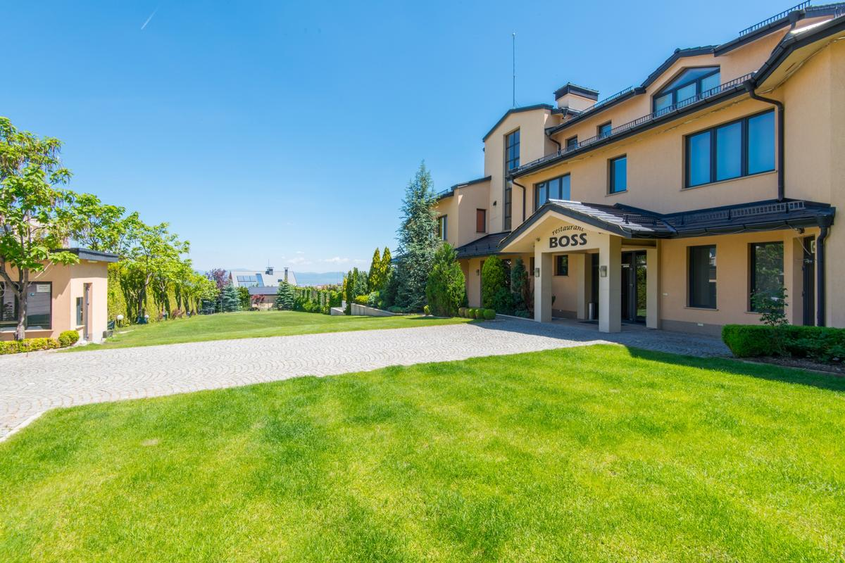 Exclusive mansion for sale mansions