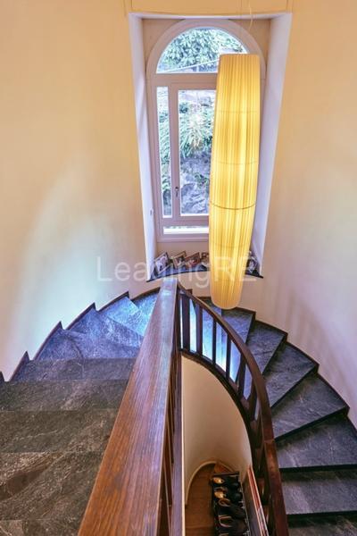 Mansions in Villa Lide