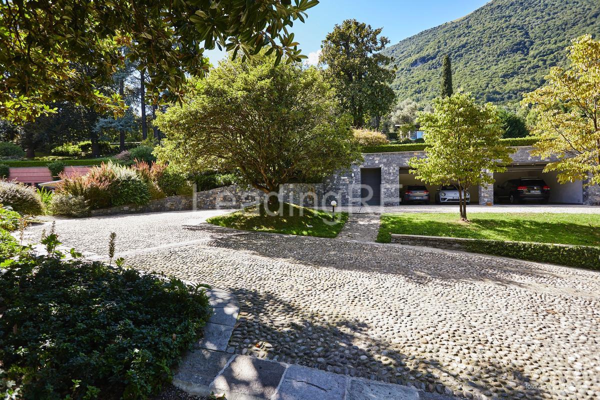 Villa Luce luxury homes